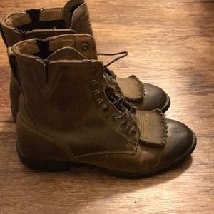 Ariat Shoes - Ariat lace up boots